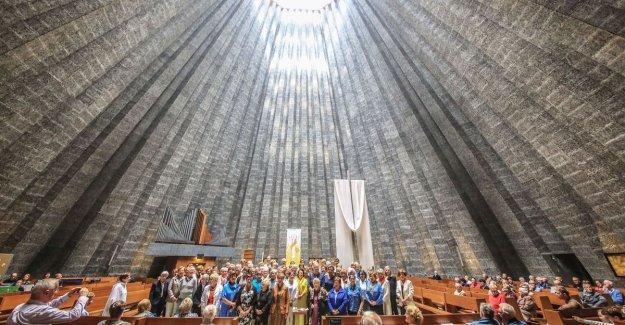 Stunt of pastor: 78 Rita's in mass, for Saint Rita in Saint-Ritakerk