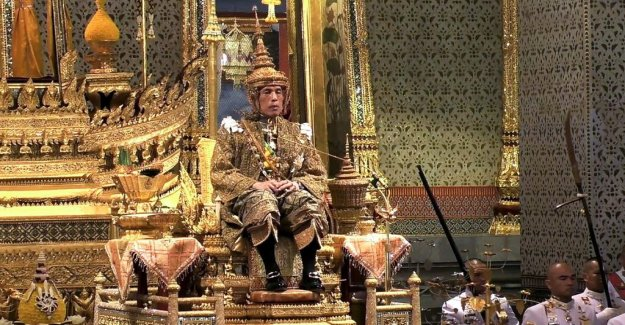 Thailand's king Rama X crowned