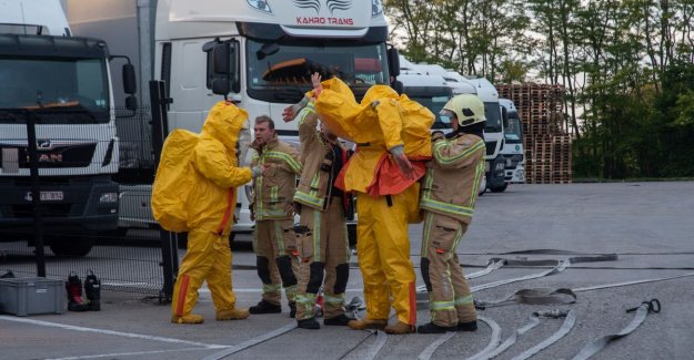 Three people injured in a chemical incident in industrial zone Vantegem Wetteren