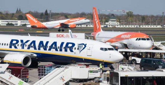 Airlines profits slump threatens
