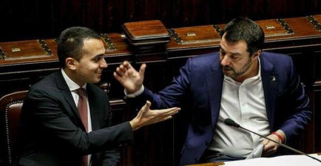 Debt row: Italy threatens EU criminal proceedings
