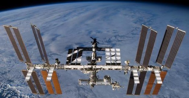 NASA takes from 2020, tourists to the ISS