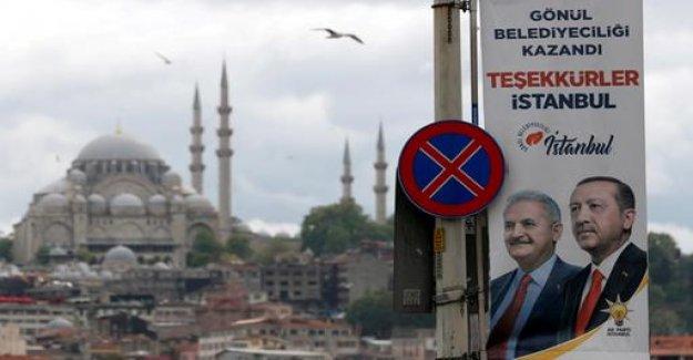 Nepotism puts AKP in Turkey under pressure