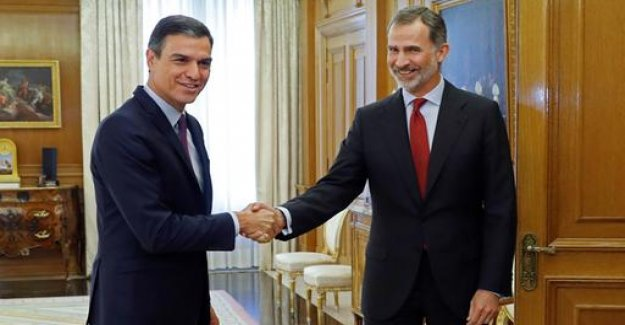 The Spanish king commissioned Sánchez, with the formation of a government