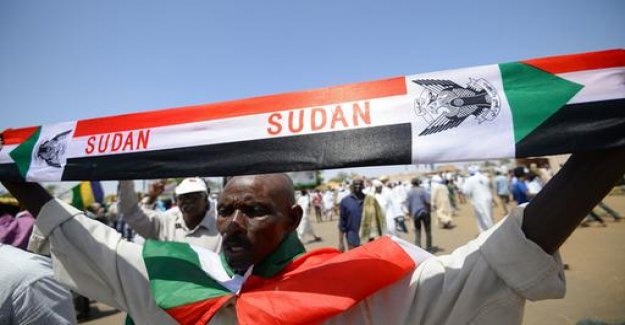 Violence against protesters: African Union excludes the Sudan