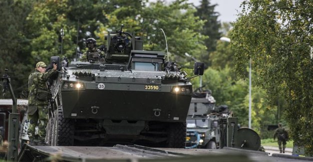 Swedish message to thousands: the Defense will have your car