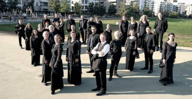 70 years of the Rias chamber choir : Handel and change