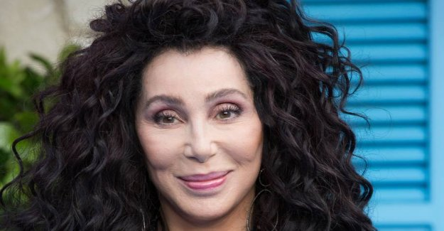72-year-old Cher STILL looks like this