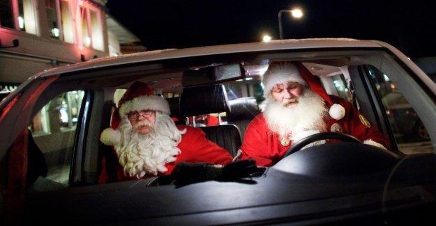 Acute shortage of santa clauses in Germany