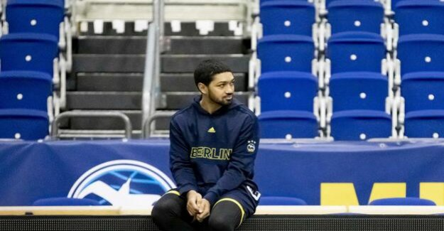 Alba Berlin : Peyton Siva is with the knee injury for a long time
