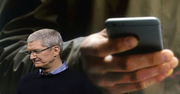 Apple in crisis – are forced to lower the price on the Iphone