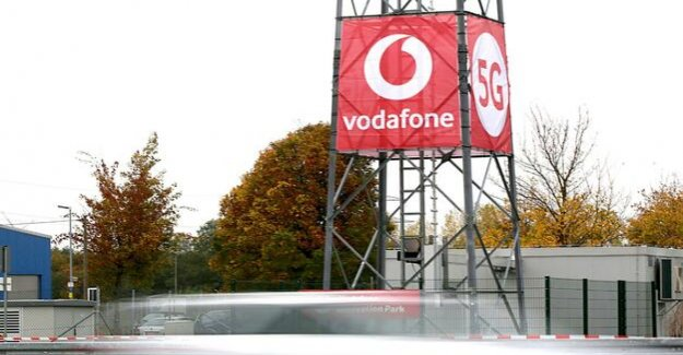 Armed with new mobile radio frequencies : Vodafone and Telefonica lawsuits against 5G-procurement rules