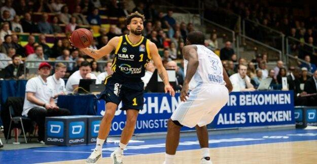 Basketball-Bundesliga : Alba Berlin wins thanks to Joshiko Saibou