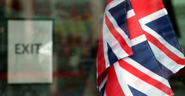 Because of Brexit : more and more British, Irish passport application