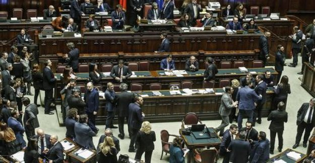 Before the final vote in Italy: the government of the trust for budgetary wins