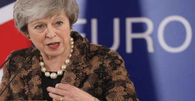 Britain to leave the EU : May fears of irreparable harm by the second Brexit vote