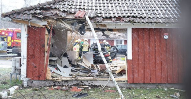 Car drove through the house in Sweden
