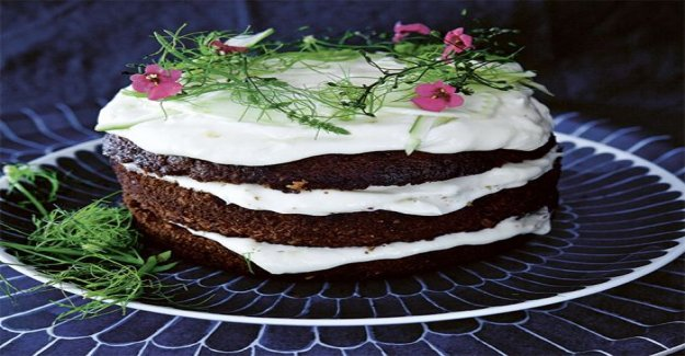 Carrot cake with pickled fennel