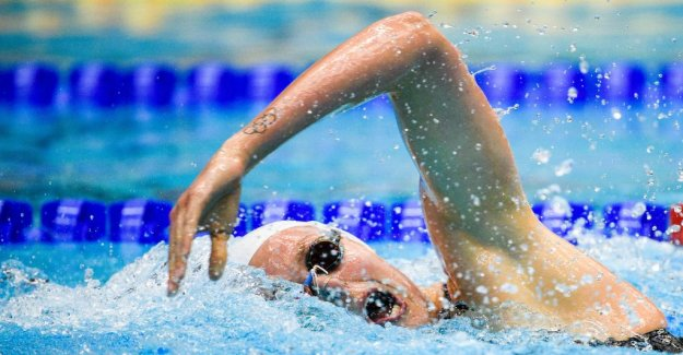 Coleman world CHAMPIONSHIPS-four in the 100 free