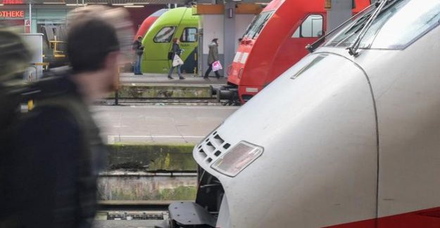 Collective talks failed to Strike at the track on Monday to commuters affected