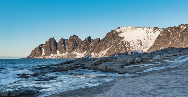Commercial cooperation with Best-Caravan: the Mystical Senj island charmed little fabrics - a trip to the Lofoten islands the progress of the natural beautiful scenery of the road