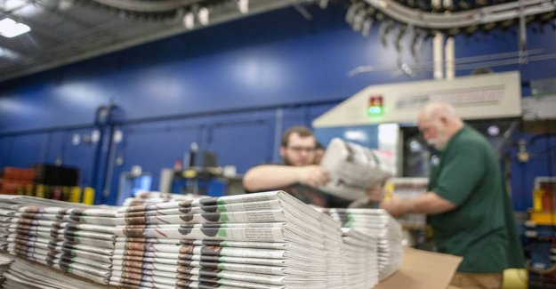 Cyber attacks put newspapers down: Can not livelihood