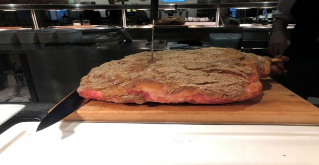 Did you know? Swedish christmas ham is not similar to the finns: It is clear the cultural differences