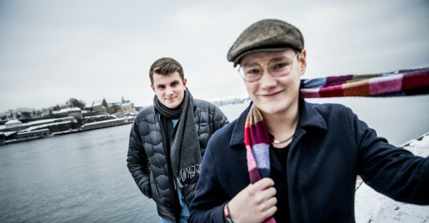 Fans chartered a plane to see Øystein in the Idolfinale