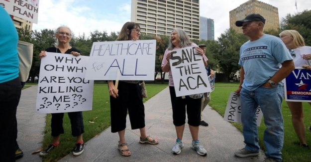 Federal judge rules Obamacare unconstitutional, Democrats immediately vow appeal