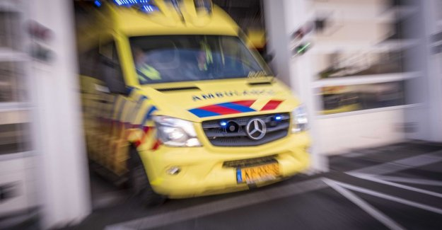 Fight to girl in jongenskleedkamer: father saves president field hospital in