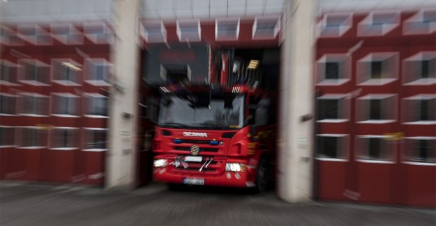 Fire in a caravan at Chalmers university of technology – high column of smoke