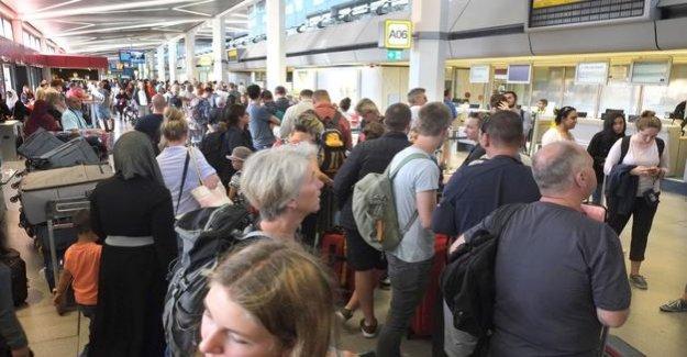 Flight is delayed in Berlin-Tegel : How Airline compensation presses