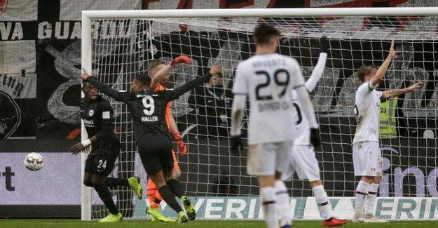 Football-Bundesliga : Eintracht Frankfurt win 2:1 against Leverkusen