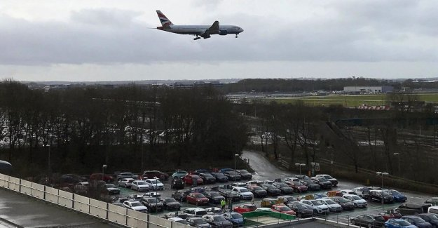 Gatwick airport sold to France