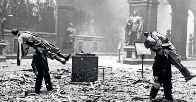 Günther Birkenfelds cloud – storm and dust : night bombing over Berlin