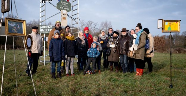 Hans Bourlon, for a Plopsabad may not trees: with tekeningenexpo protest Mechelen children against planning Studio 100
