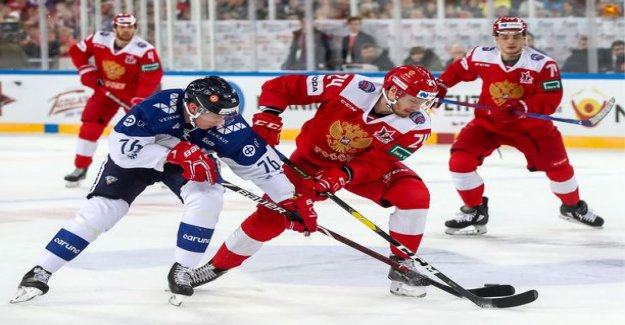 Here are the Finland-Russia match the Lion & the sheep - Spinning like a gyro Kaprizovin 1-0-paint