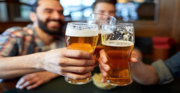 How much alcohol is too much? The formula for a dangerous drinking is updated