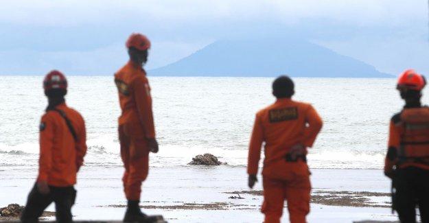 Indonesian volcano 'shrunk' after eruption to tsunami led