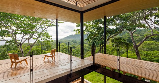 Insanely live: this open-plan villa has a spectacular view of the sea and the jungle