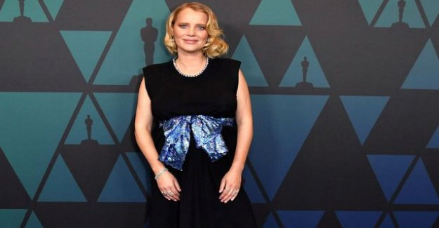 Joanna salassi was starring Cold War -the film grabbed the grand prize European Film award in the