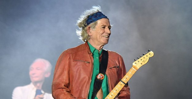 Keith Richards has begun to spit in the glass