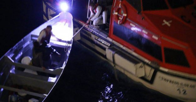 Kerstwonder or pure luck? Fishermen after three weeks at sea saved