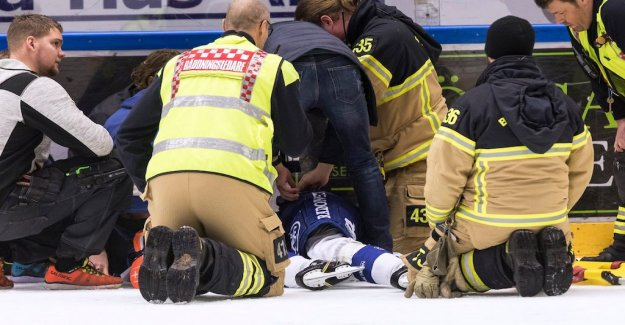 Leksands forward Tobias Forsberg seriously damaged