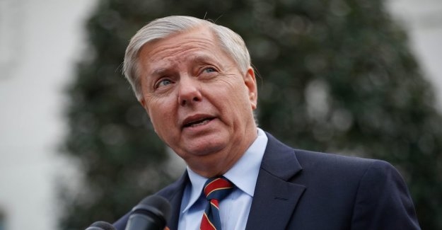 Lindsey Graham positive to Trump the continued struggle against ICE