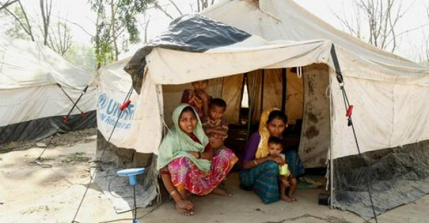 Live with the Rohingya refugees in Bangladesh