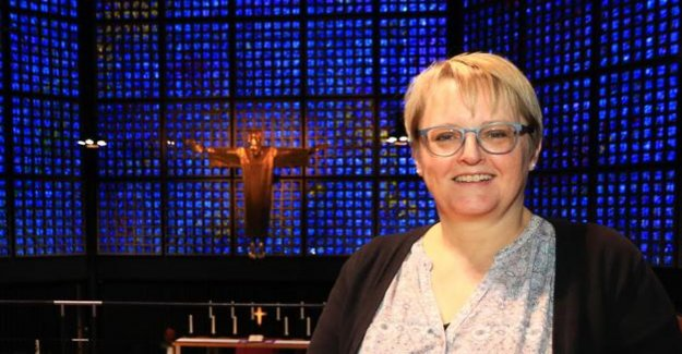Memorial Church in Berlin : a New pastor holds first sermon