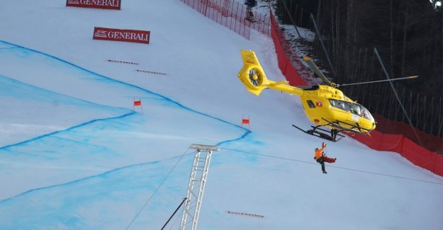 Nasty crash in the downhill rider was taken away by helicopter