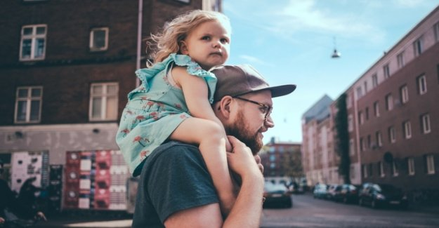 Part-time work makes fathers unhappy