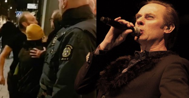 Police investigate Bauhaus singer Peter Murphy, 61, after bottle attack from stage sends fan to hospital